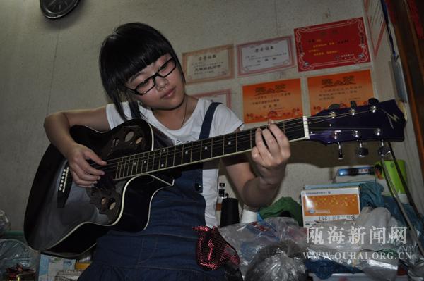 我练吉他已有一年图片1