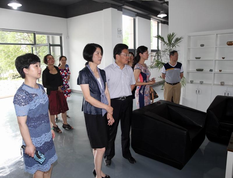 市政协召开越窑青瓷文化发展方面提案专题协商