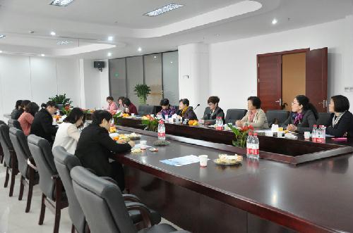 绍兴市女企业家协会召开七届六次理事会图片 29107 500x331
