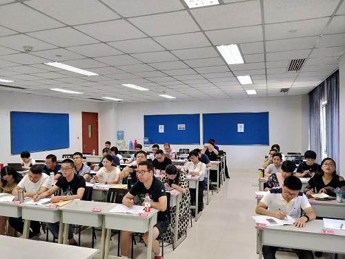 杭州王浩司仪工作室_我市举行第一批名师工作室主持人培训
