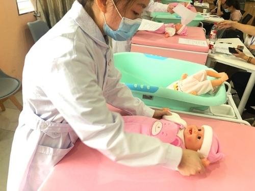 """秀水中专在2020年""""1+X""""母婴护理国家考试中获得佳绩"""