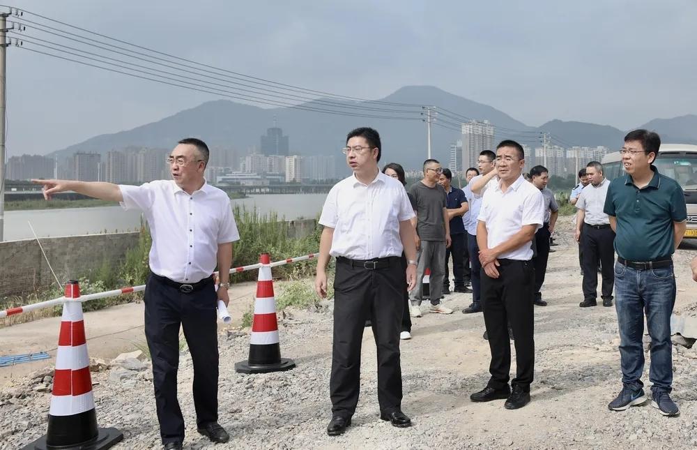 李昌明调研海游港北岸工程建设