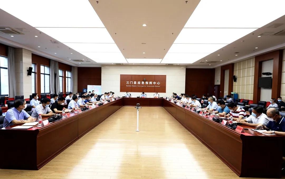 李昌明在三门县疫情防控工作会议上强调:坚持人民至上,严格举措压实责任