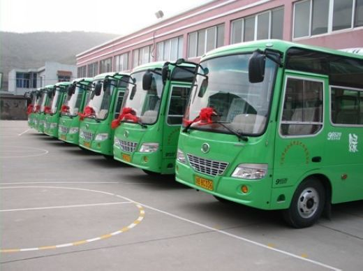 梅山:绿岛巴士旧貌换新颜