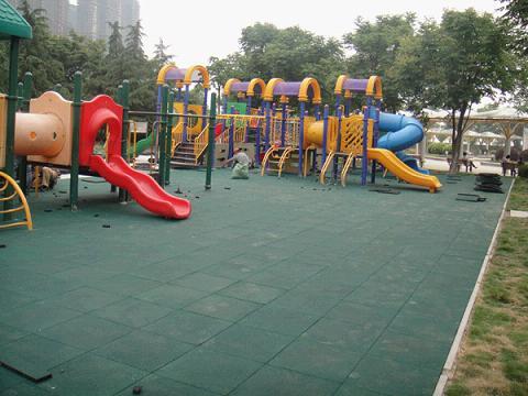 儿童活动场铺装