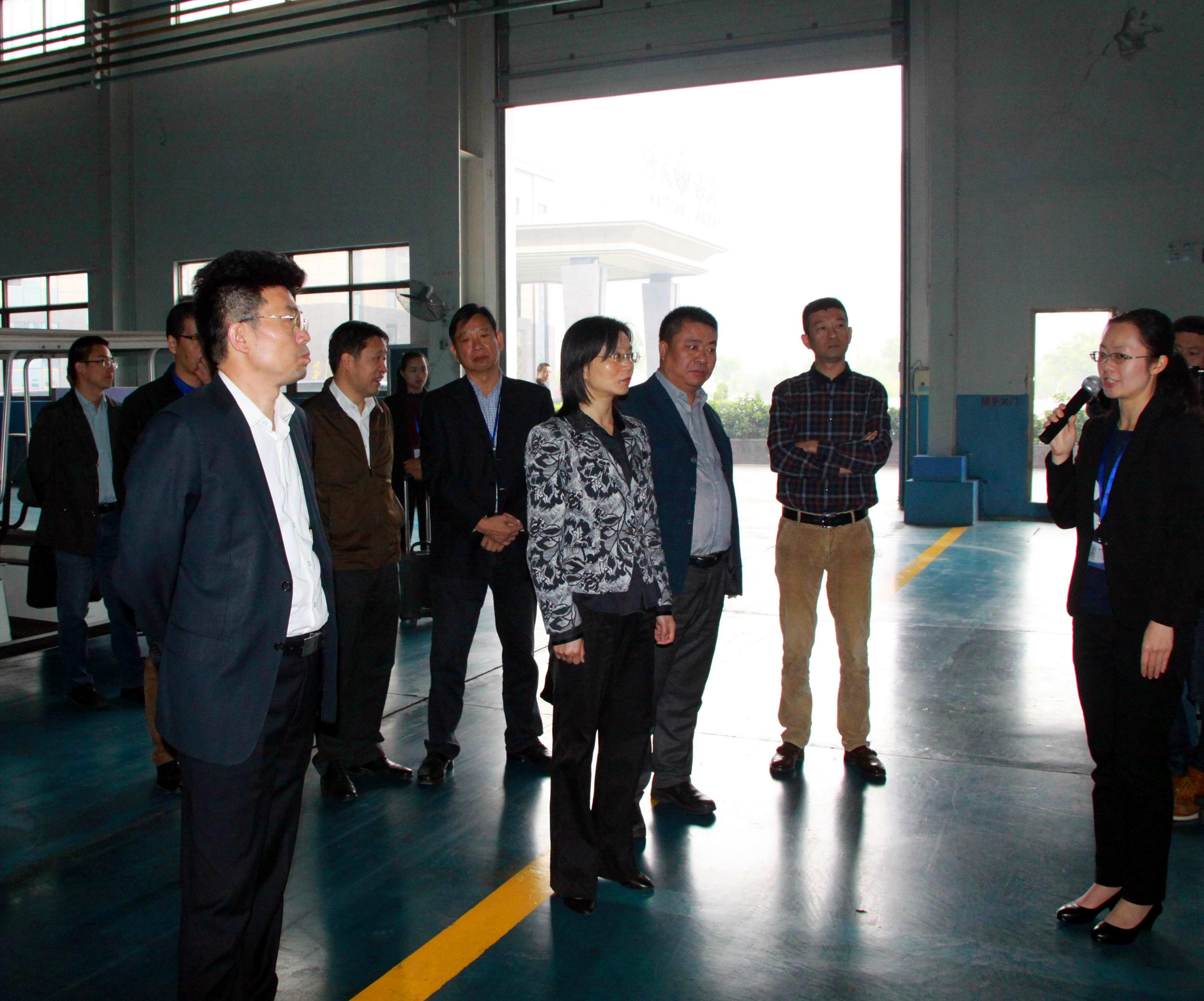 滁州市琅琊区领导到小港海天集团调研