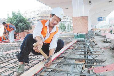 余姚火车站做好动车组开通的准备工作