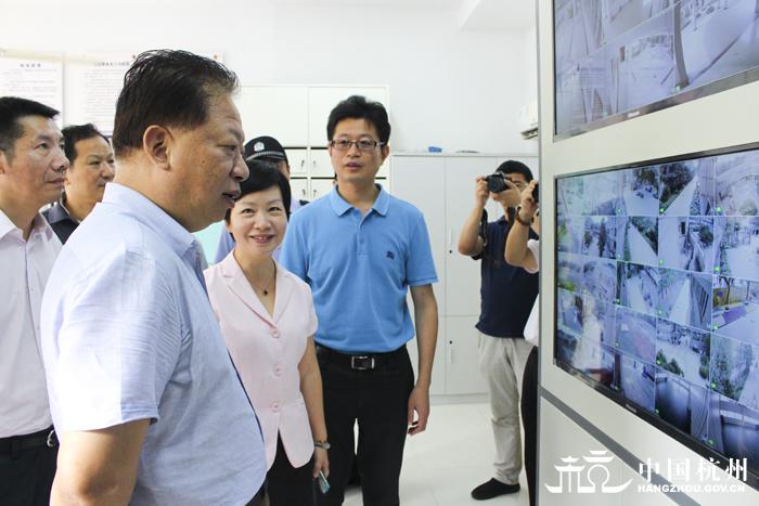 杨戌标赴杭州娃哈哈小学校园工作安保招聘(三)检查江北小学图片