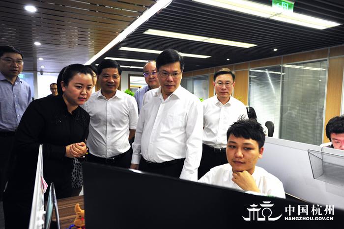 徐立毅调研全市文化产业注册一个军事文化公司