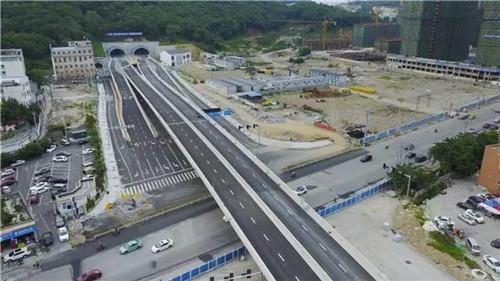 路二条_明年底前市区30条道路将完工