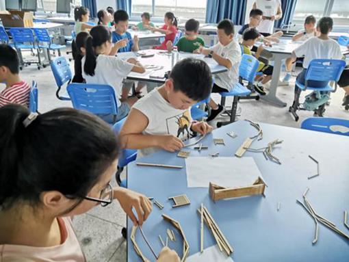 温州市泰顺县开展青少年科普暨科创公益活动