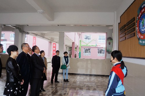 戚德忠赴温州市瓯越小学调研学校法人治理结构建设工作
