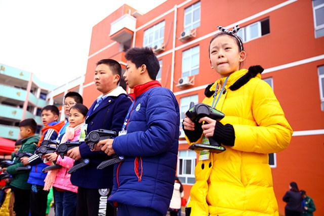2015年省、市青少年车辆模型锦标赛 温州私立第一实验学校捷报频传