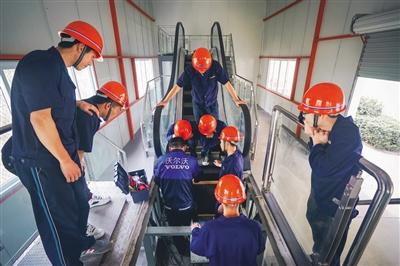 温州日报:升学 就业 创业 温州职业教育成就出彩人生